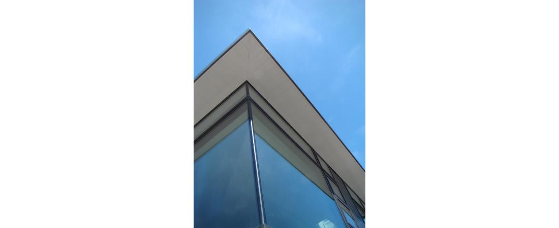 Harbourview-Home_W-corner-viewing-window-1100x4501.jpg