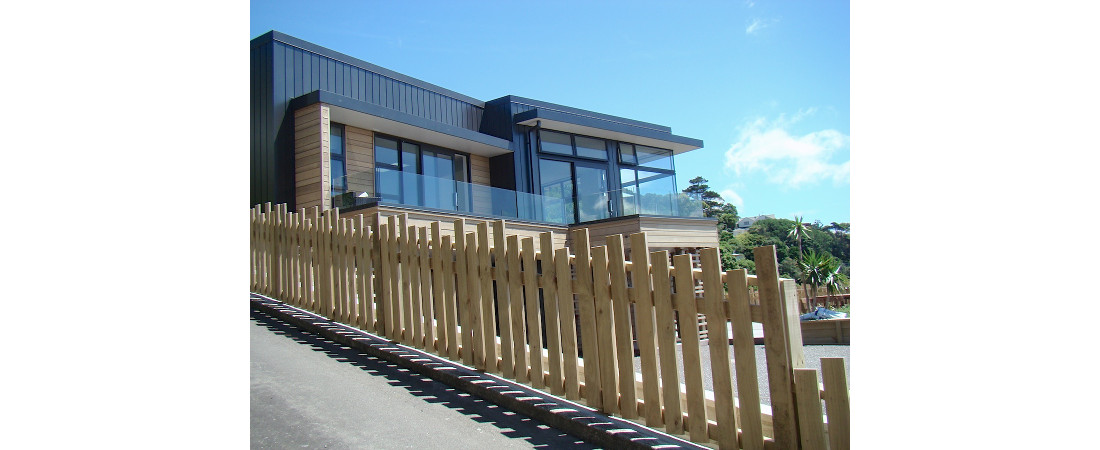 Harbourview-Home_hillside-location1-1100x4501.jpg